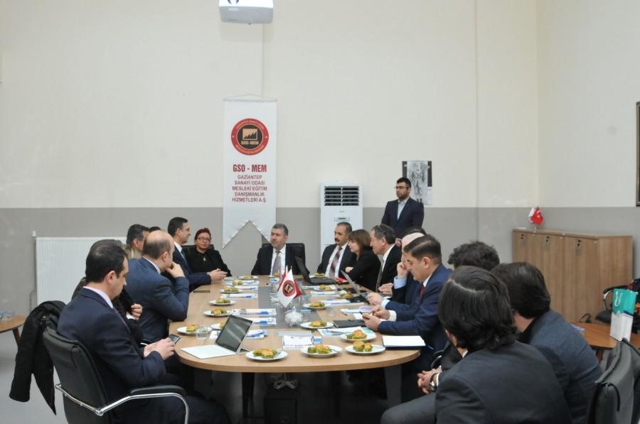 GSO-MEM'DE, MODEL FABRİKA DEĞERLENDİRME TOPLANTISI YAPILDI